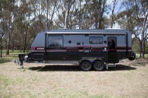 salute-caravans-governor-club-lounge-external-003
