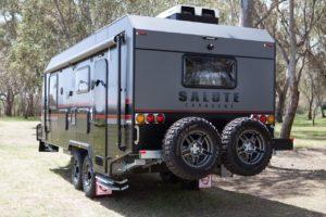 salute-caravans-governor-club-lounge-external-005
