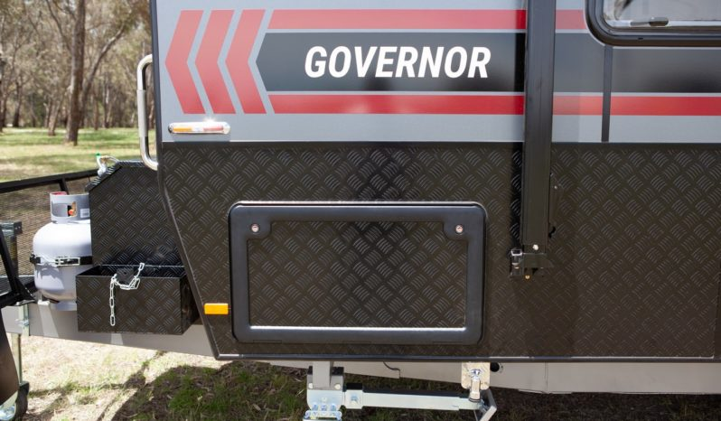 Salute Caravans Governor full