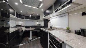 salute-caravans-governor-club-lounge-internal-001