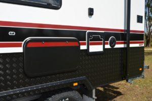 salute-caravans-sabre-angled-kitchen-external-011