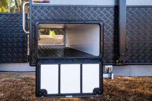 provincial-estate-family-bunk-van-exterior-009