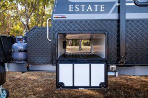 provincial-estate-family-bunk-van-exterior-010